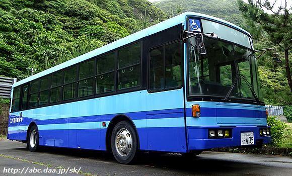 神津島村営バスの元新京成車